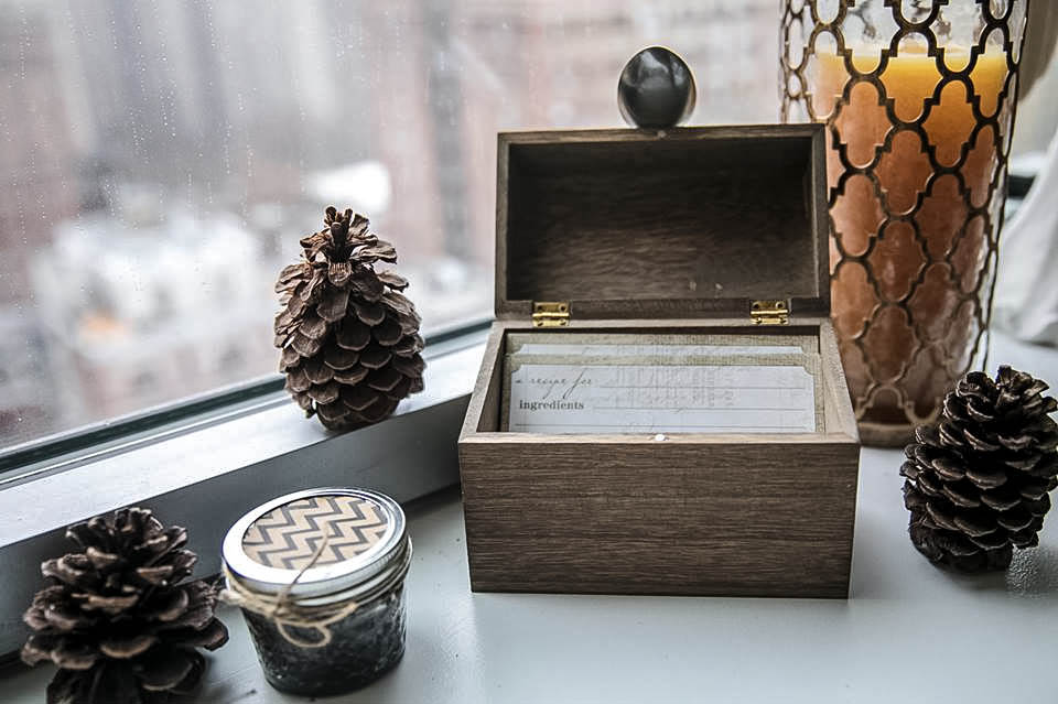 how to make simple vintage recipe box