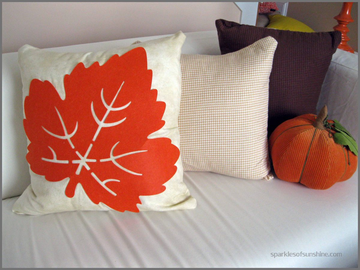 DIY Leaf Pillow Cover