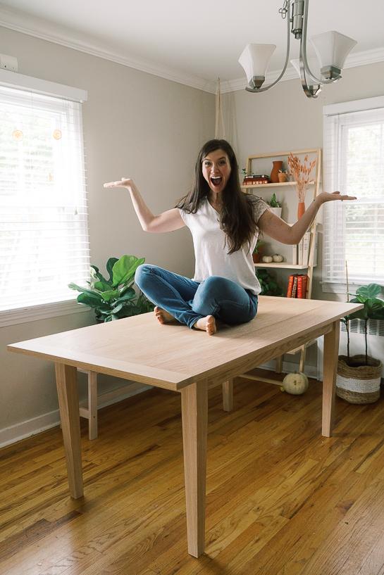 Easy DIY modern dining table